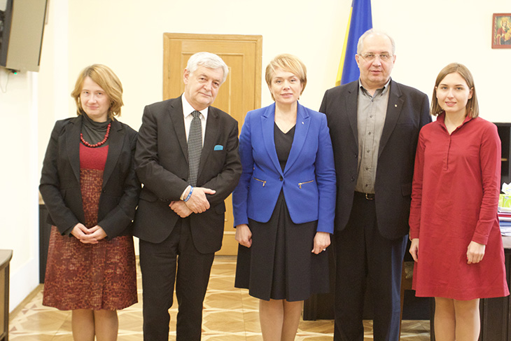 Міносвіти домовилось зустрітись з польською нацменшиною щодо мовної статті закону Про оcвіту