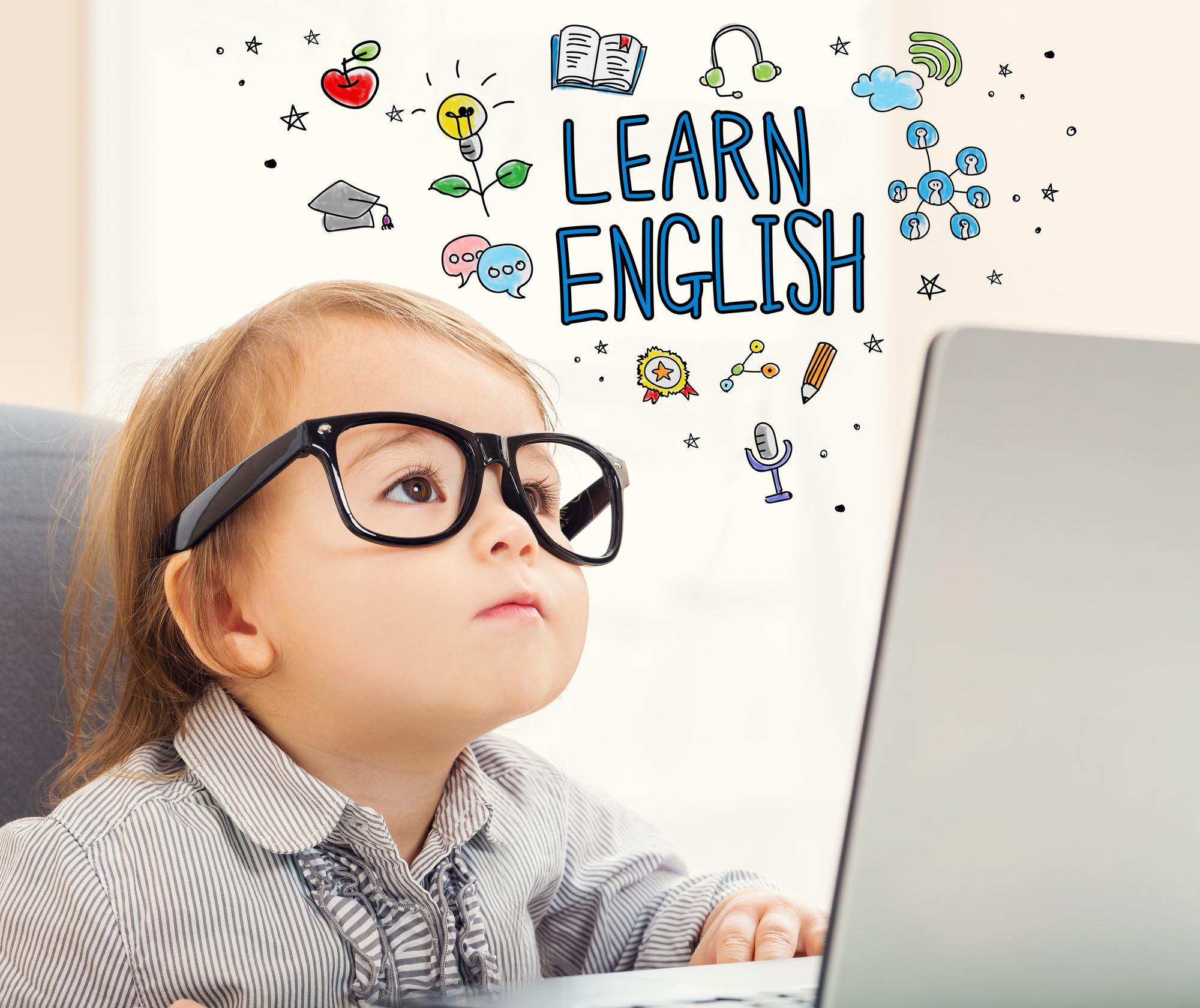 """""""В три вже пізно"""": з якого віку треба починати вчити англійську"""