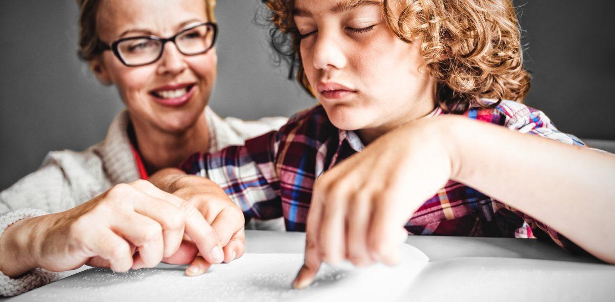 Як допомогти незрячій дитині адаптуватись у школі. Частина 1