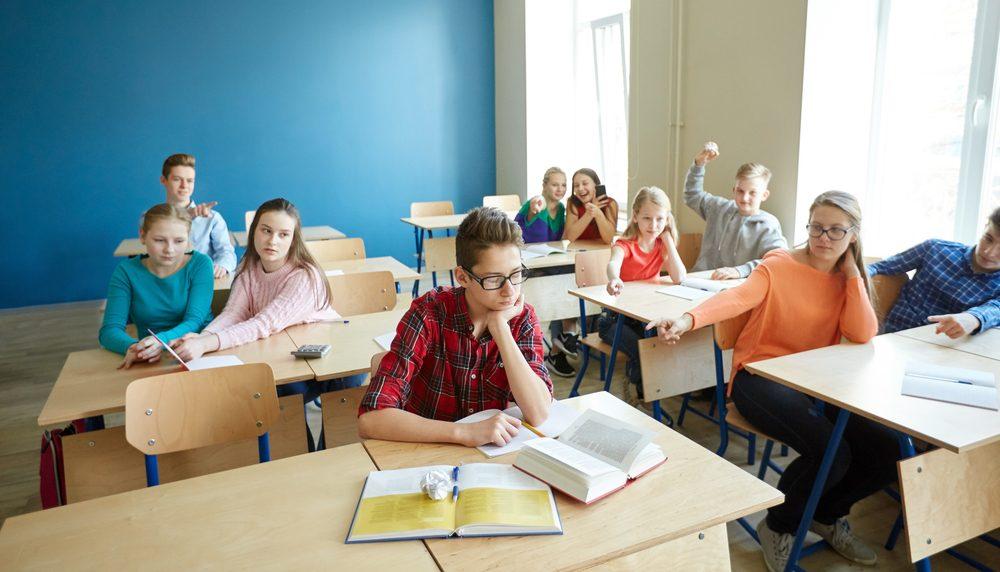 Булінг очима дитини: що робити дорослим, якщо учнів цькують